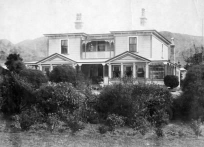 Chesney Wold, Karori Road, ca 1901. Karori Historical Society : Photographs. Ref: PAColl-5277-1-11. Alexander Turnbull Library, Wellington, New Zealand. http://natlib.govt.nz/records/23070805
